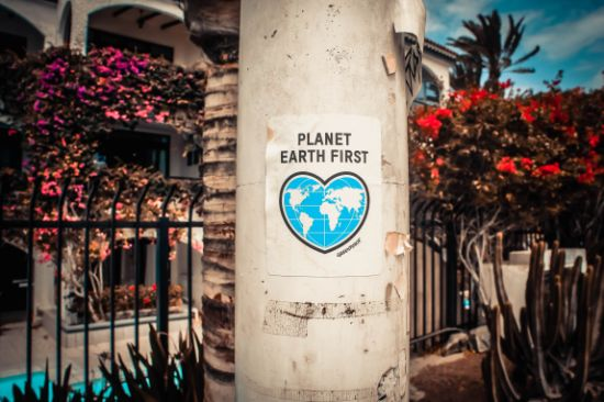 heart saying planet earth first
